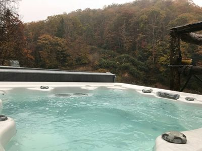 outdoor jacuzzi on second level deck