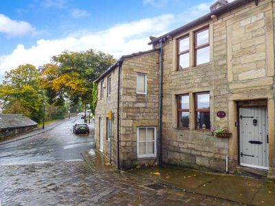 Photo for Weavers Cottage, HEPTONSTALL