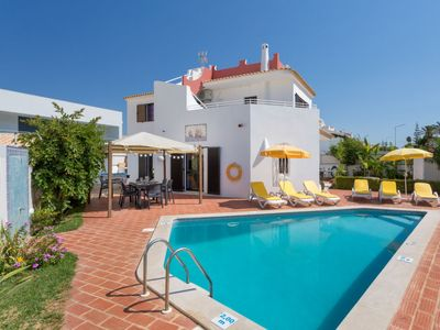 Photo for Vacation home Mira Mar Galé 440m from the Beach  in Gale, Algarve - 8 persons, 3 bedrooms