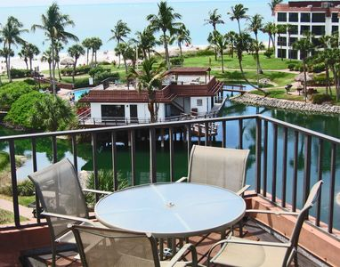Lovely clubhouse, pool, pond and Gulf of Mexico views from your private sundeck.