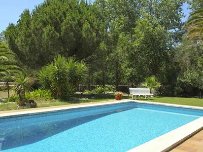 Photo for Villa with pool, garden and WIFI located 6 km from the sea in La Argentina