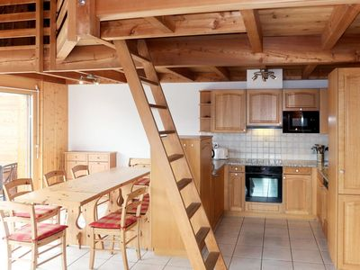 Photo for Lovely apartment for 10 people with WIFI, hot tub, TV, balcony and parking