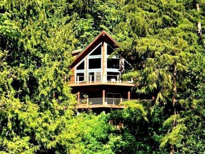 Photo for Vacation home 07MF Silver Lake Chalet w/Hot Tub! in Maple Falls - 10 persons, 3 bedrooms