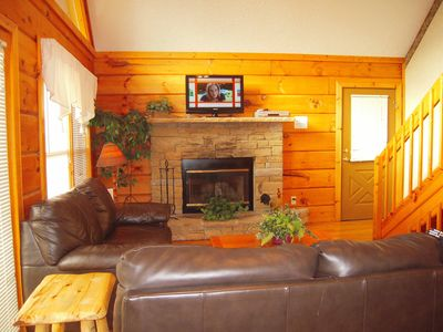 Photo for COUNTRYSIDE Close To Dollywood with free Wi-Fi!