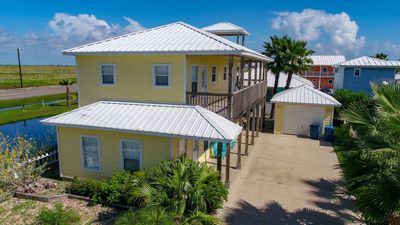 Photo for Newly Remodeled 3/3 Home w/ Community Pool and Boardwalk!