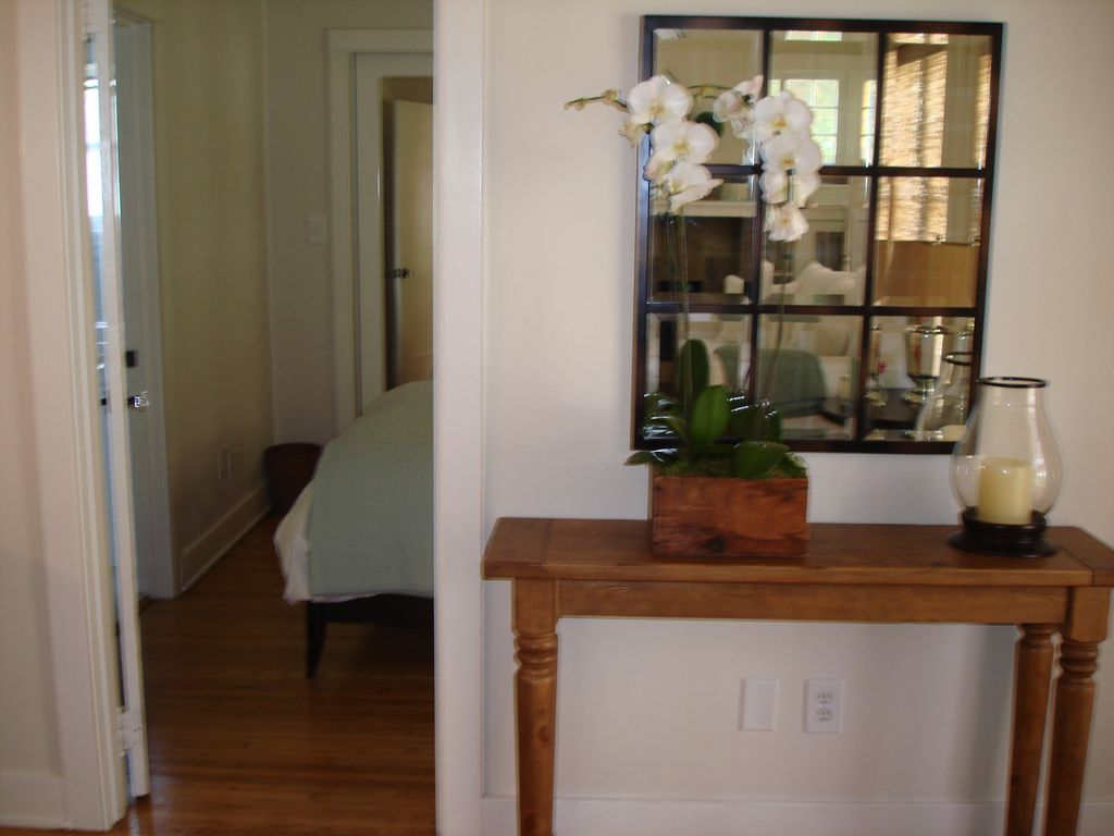 Most charming cottage in Santa Monica MAR 8-18 AVAIL DUE TO CANCEL