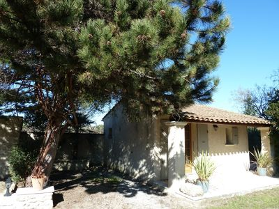 Photo for COTTAGE IN THE HEART OF LUBERON