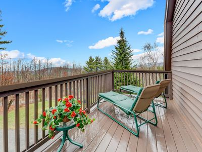 Photo for White Mountain Barn GuestHouse w/ Views!