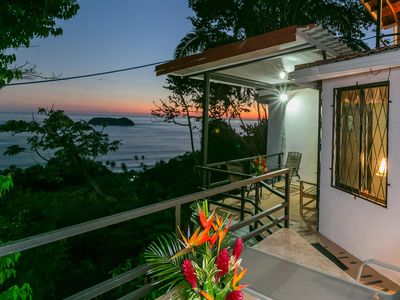 Enjoy the awesome ocean view and gorgeous sunsets from 3 balconies!