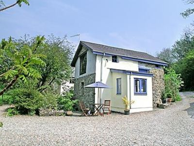 Photo for 1 bedroom property in Liskeard. Pet friendly.