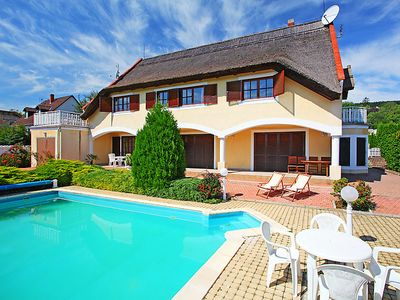 Photo for Apartment Balaton044  in Balatonfured/Revfulop, Lake Balaton - North Shore - 4 persons, 1 bedroom