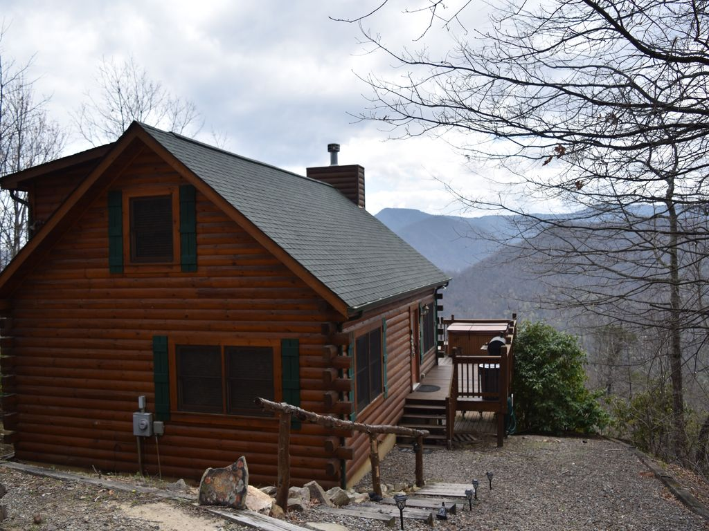 Cool Log Cabin With Views 6 Seater Hot Tub On Scenic