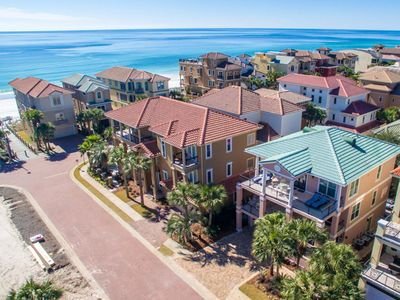 Book for Christmas! Vacation Home in Destiny by the Sea w/ Private Pool!