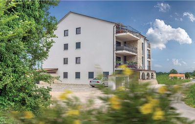 Photo for 3BR Apartment Vacation Rental in Ližnjan, Istrien
