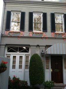 Garden District townhouse available for Xmas/New Year/Sugar Bowl week,Mardi Gras