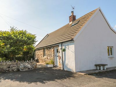 Photo for LINDISFARNE COTTAGE, pet friendly, with hot tub in Lowick, Ref 983642