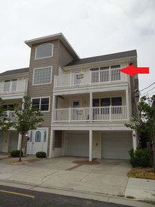 Photo for 3Br/2 Condo-1.5 blks to Beach/Board 2nd Floor!!