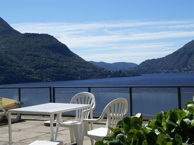 Photo for Apartment with 2 bedrooms, a large terrace with magnificent view of the lake