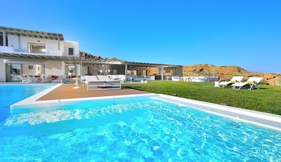 Photo for The stunning Villa Seth is a luxurious accommodation for 12 guests in the beautiful region of Elia B
