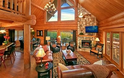 Living Rm with Stone Stacked Fire Place - 56' HDTV - Views!