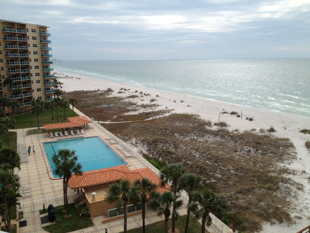 Belle 6 me tage avec balcon 1 br sur clearwater beach for Piscine 6eme