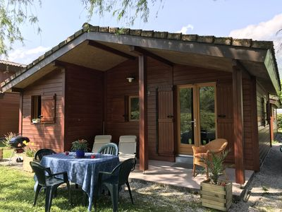Photo for Chalet 39m² in a campsite in Doussard, direct access to Lake Annecy.