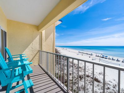 Photo for New Listing! Beachy gulf front condo across from Gulf World! Pool, free WiFi!
