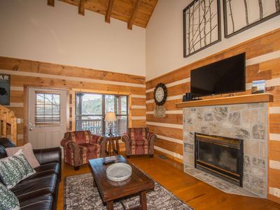 Photo for 3.5 miles to Dwntwn Gatlinburg - Newly Remodeled & Decorated, Arcade, Hot Tub & WiFi~Sweet Serenity