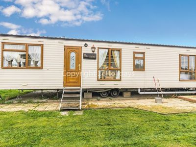 Photo for 4 berth mobile home to hire in Steeple Bay, Essex.