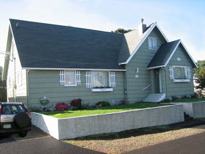 Photo for Ocean Rose Beach House is a charming 4 bedroom house for 10 in Lincoln City!