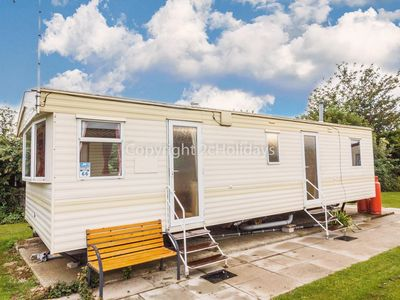 Photo for 6 berth caravan at Manor park in Hunstanton in Norfolk. Minutes from the beach.