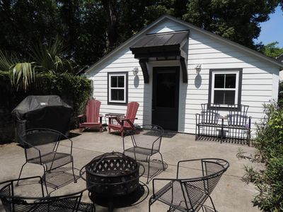 Photo for Charming Charleston Studio Cottage located minutes from Historic Downtown