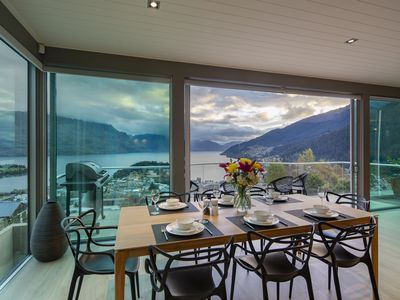 Photo for Luxury 3 bedroom apartment with magnificent views of Lake Wakatipu