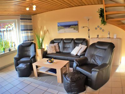 Photo for Central, 75 m² apartment. max: 4 persons + W-LAN to the spa center 200m