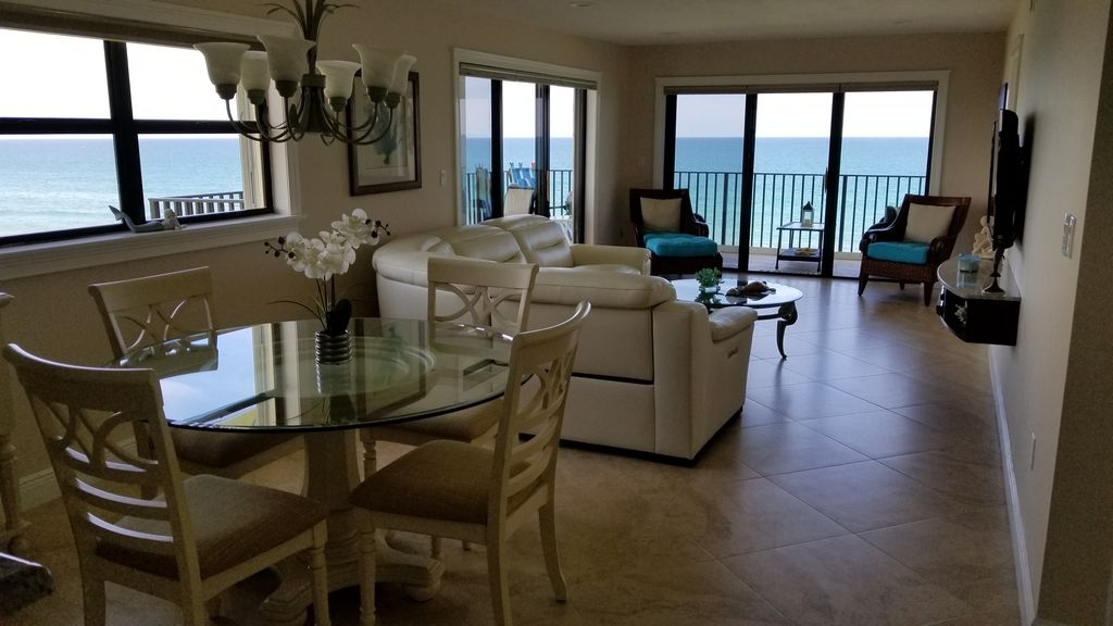Nice apartment Ocean front, fifth floor balcony in the ...