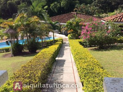 Photo for 4BR Cottage Vacation Rental in Pereira, Risaralda