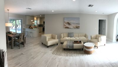 Relaxing Getaway, Completely Renovated *New Furnishing* Private Heated Pool Home