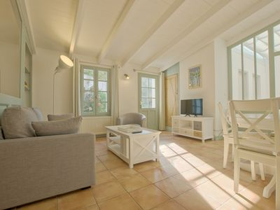 Photo for Nice holidays house, 2 bedrooms and enclosed garden in La Flotte