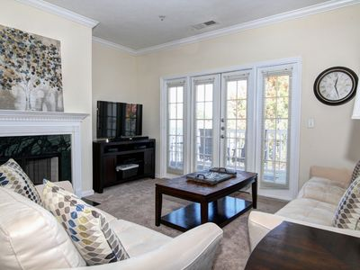 Photo for 2 Bedroom in the Heart of Ballantyne!