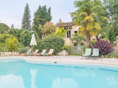 Photo for Charming rural cottage with pool / Charming rural cottage with pool