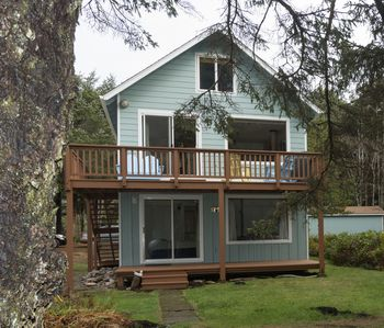 Ocean View Quiet Street, 2 minutes to 804 Trail & Dog Friendly - Yachats