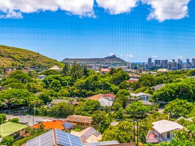 Photo for 2BR House Vacation Rental in Honolulu, Hawaii