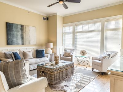 Photo for Executive Access Home! Gulf front condo with Community Pool Views!