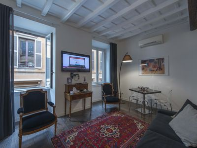 Photo for Cozy and elegant apartment in the heart of Rome - historic center