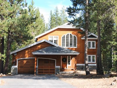 Photo for Beautiful, luxury retreat, surrounded by trees in a sunny, private location