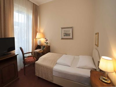 Photo for Single Room - Hotel Vier Jahreszeiten ****