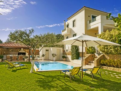 Photo for Superb Villa Georgia - Heated Pool&Jet Tub-Full Privacy - Brand & New  !