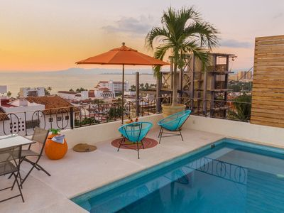 Photo for 3 Bedroom Ocean View Condo in downtown +pool +wifi