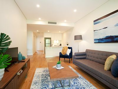 Photo for CROWS NEST 11 - 2 Bedroom Apartment in Cosmopolitan Crows Nest