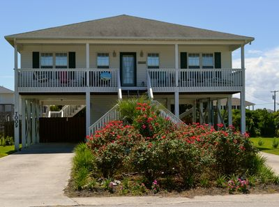 """""""Mayberry by the Sea"""" Beach Home in Surf City"""